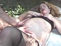 Man fucks pregnant cutie in nature